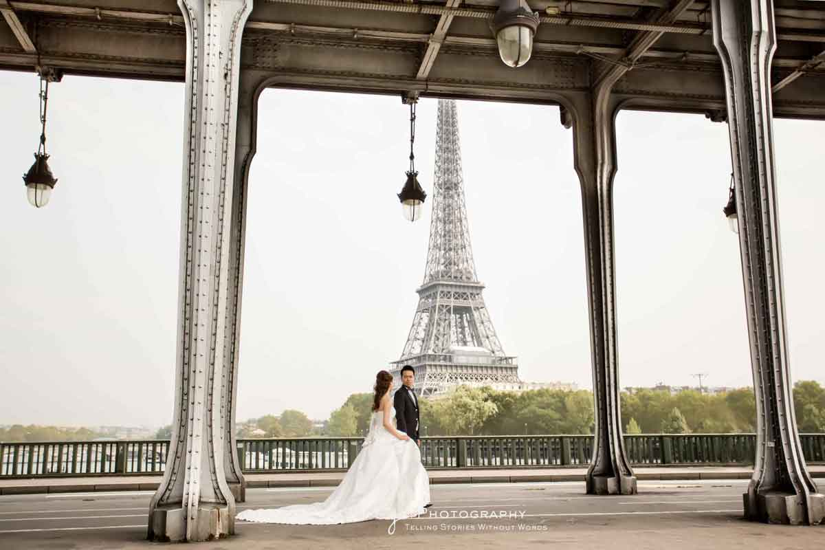 Eiffel Tower pre-wedding